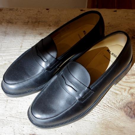 ARNOLDO Shoes